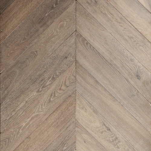 Offer Cabin Wood Chevron / Herringbone Flooring