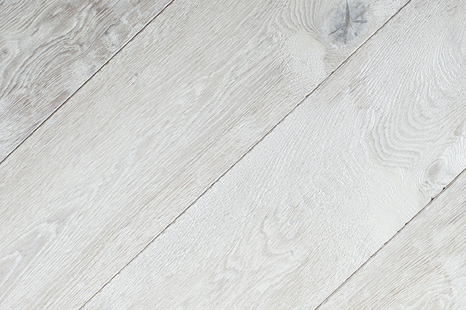 Beachbone Dark Grey Driftwood Oak Flooring Shipwrecked IMG 3623