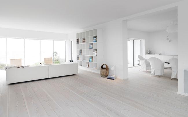 ... SCANDINAVIAN INTERIOR DESIGN - REAL WOOD FLOORS