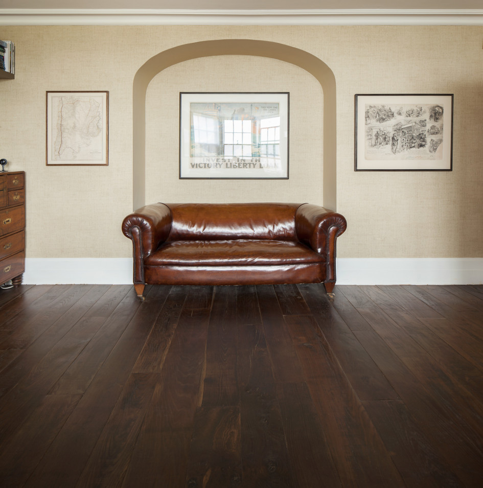 Traditional Brown Oak Wooden Floor