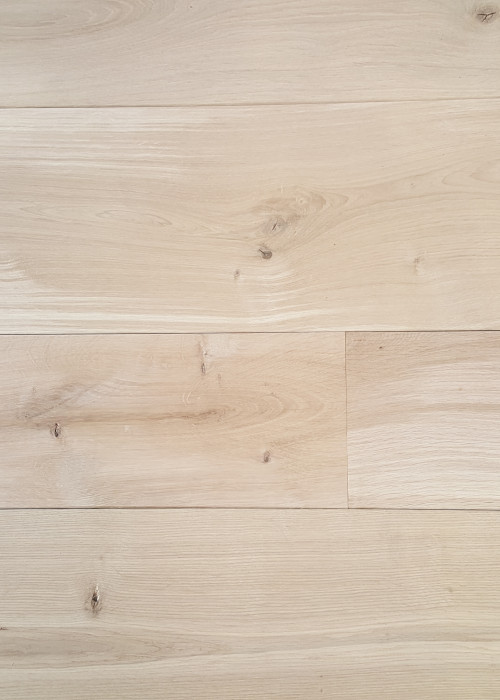 Mountain Solid Oak