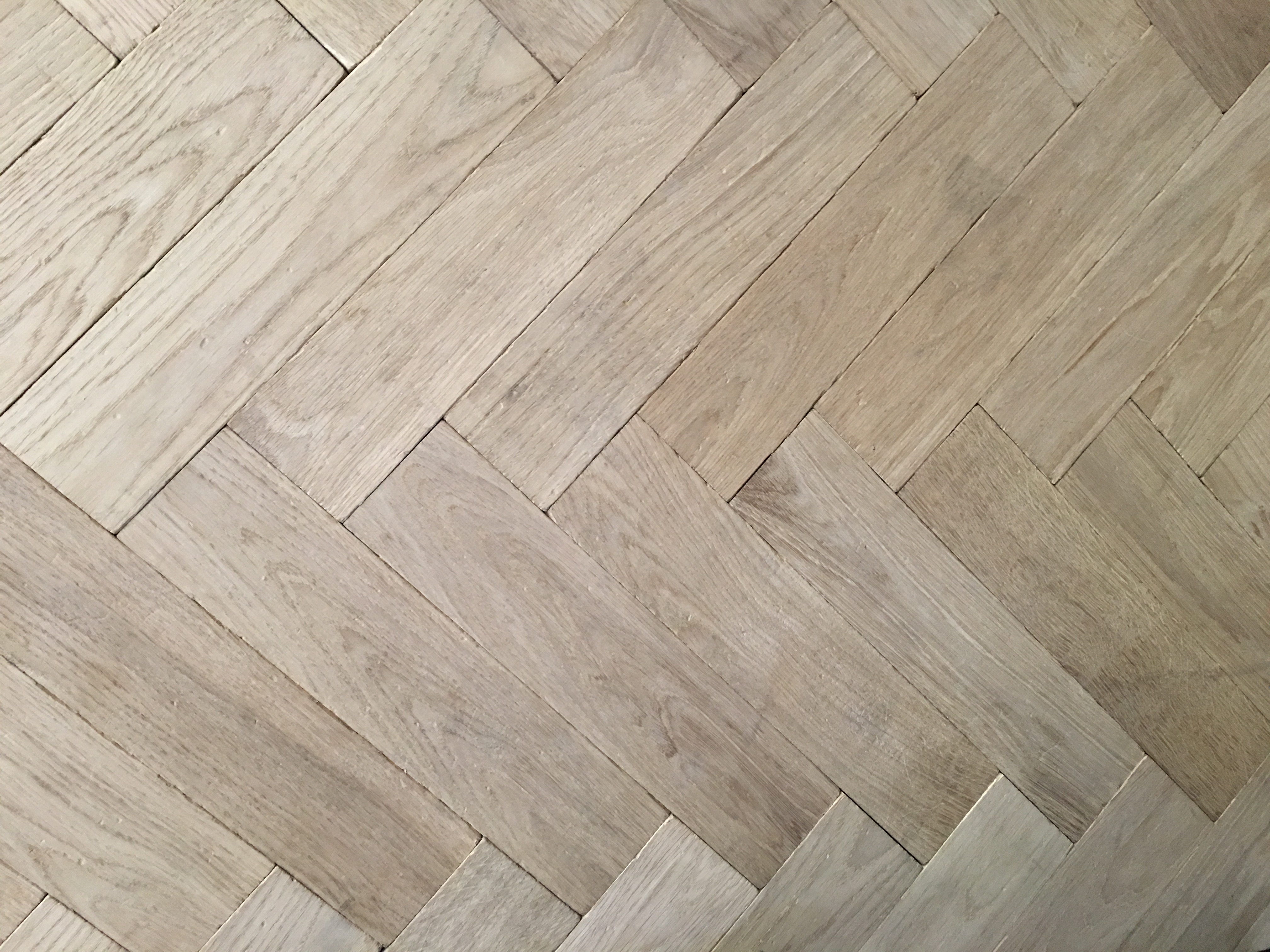 Traditional Unfinished Oak European Herringbone Panels