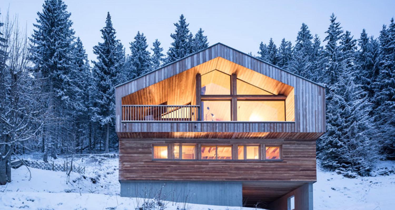Mountain House by Studio Razavi
